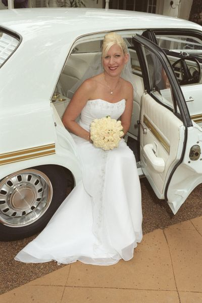 Bride Arrival To Her 42